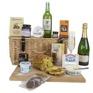 Classic Cornish Hamper with Camel Valley Brut